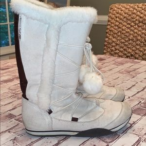 American Eagle snow boots size 10